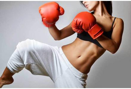 Fit-punch-un-sport-qui-melange-fitness-et-boxe_exact441x300.jpg